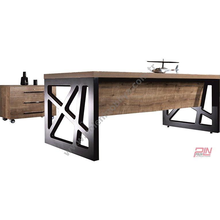 nova yönetici masası